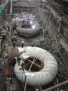 施工中的那兰电站